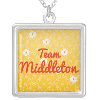 Equipo Middleton Collar Personalizado