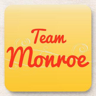 Equipo Monroe Posavasos