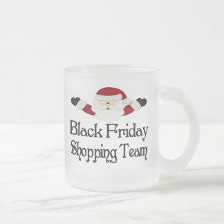 Equipo negro de las compras de viernes tazas de café
