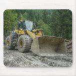 Equipo pesado del tractor amarillo grande de la ni alfombrilla de raton