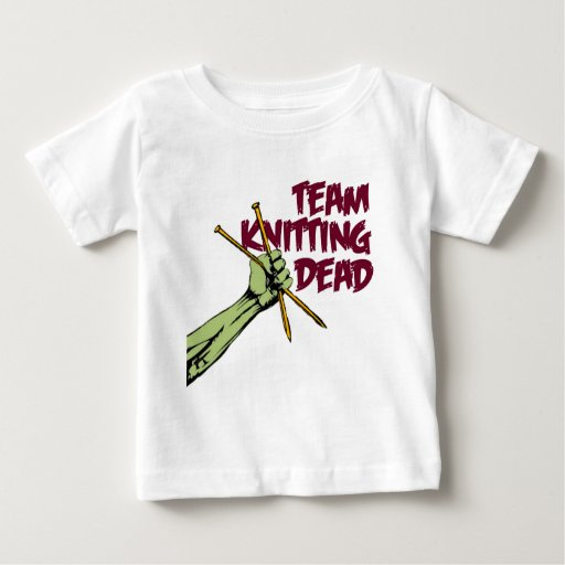 Equipo que hace punto absolutamente t-shirts