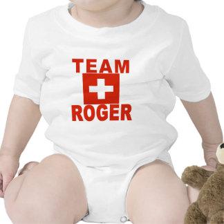 Equipo Rogelio con la bandera suiza Trajes De Bebé