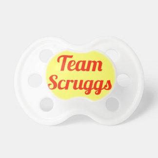 Equipo Scruggs Chupete