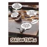 Equipo seis del león marino tarjetón