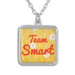 Equipo Smart Collares Personalizados