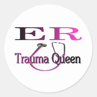 """ER Nurse """"Trauma Queen"""" Shirt/Gifts Round Sticker"""