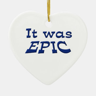 Era épico adorno de cerámica en forma de corazón