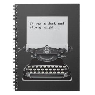 Era un cuaderno oscuro y tempestuoso de la noche