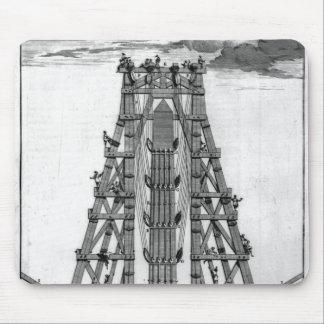 Erección del obelisco egipcio antiguo mousepad