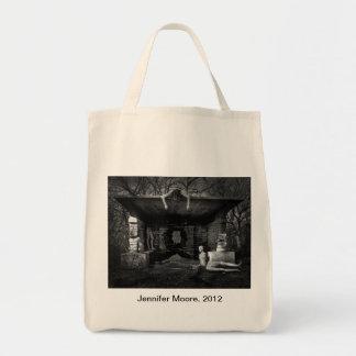 ErikaVin4.jpg, Jennifer Moore, 2012 Bags