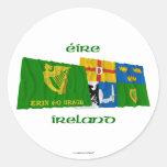 Erin va Bragh y las banderas que agitan de la Cuat Etiquetas