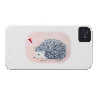 Erizo con la caja del teléfono del corazón iPhone 4 cobertura