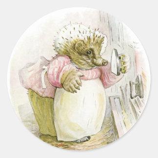 Erizo con señora Tiggy-Bígaro del hierro Pegatina Redonda