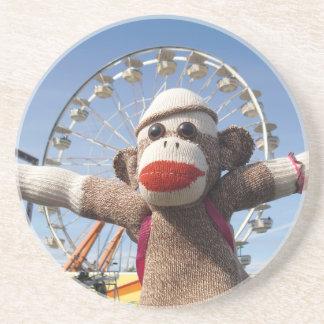 Ernie el práctico de costa del mono del calcetín posavasos personalizados