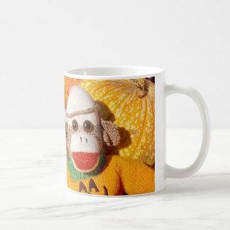Ernie la taza de la calabaza de Halloween del mono