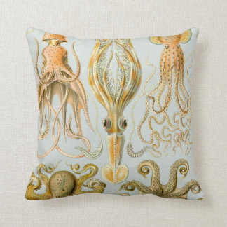 Ernst Haeckel's Gamochonia Throw Pillow