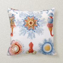 Ernst Haeckel Siphonophorae jellyfish bluebottle! Throw Pillow