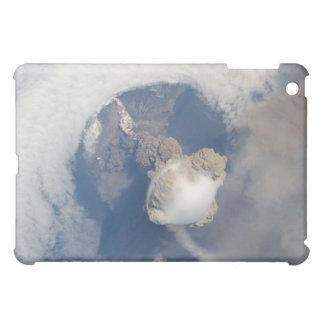 Erupción del volcán 2 de Sarychev
