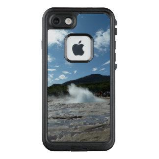 Erupting geyser in Iceland LifeProof FRĒ iPhone 7 Case