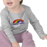 """""""Es aceptable"""" con el arco iris Camiseta"""