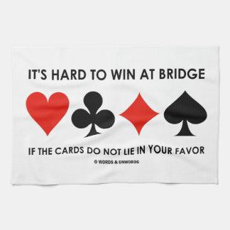Es duro ganar en el puente si no mienten las toalla