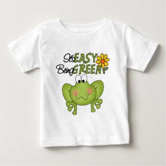 Es el ser fácil camiseta verde del bebé playera para bebé