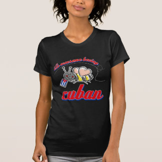 Es el ser impresionante cubano camiseta