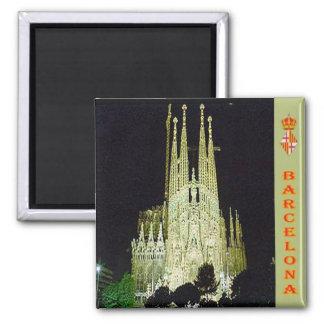 ES - España - Barcelona - basílica Sagrada Familia Imán Cuadrado