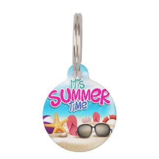 Es etiqueta del mascota del tiempo de verano placas de mascota