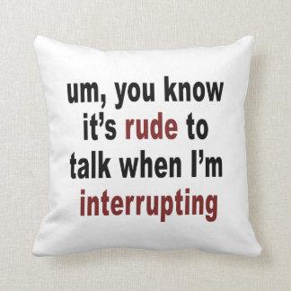 Es grosero hablar almohada