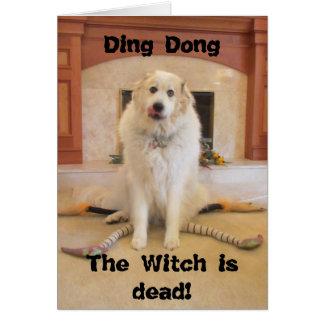 ¡Es Halloween! ¡La bruja traviesa es muerta! Tarjeta De Felicitación