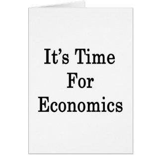 Es hora para la economía tarjeta pequeña