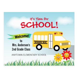 Es hora para la escuela, de nuevo al autobús postales