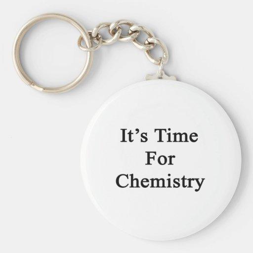 Es hora para la química llaveros