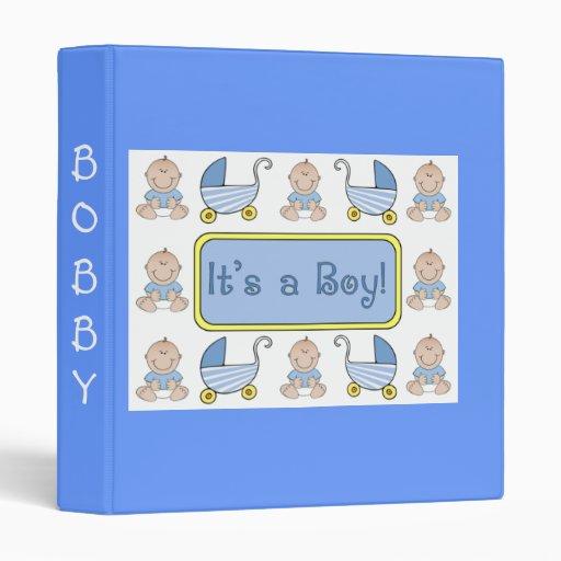 """""""Es libro del bebé de un muchacho"""""""