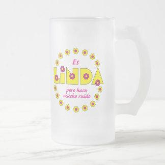 Es Linda pero Tazas De Café
