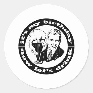 Es mi cumpleaños etiqueta redonda