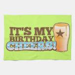 ¡Es mis ALEGRÍAS del cumpleaños! ¡cervezas! Toallas