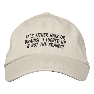 Es pelo o cerebros… gorra de béisbol