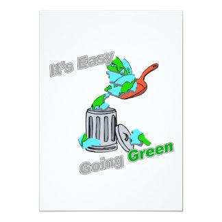 """Es planeta Trashed verde tolerante Invitación 5"""" X 7"""""""