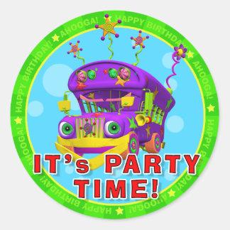 ¡Es tiempo del fiesta! Pegatinas del cumpleaños Pegatina Redonda