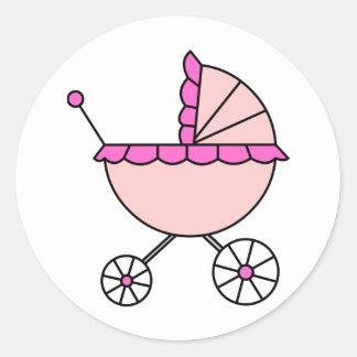 ¡Es un chica! Carro de bebé rosado Pegatina Redonda