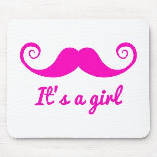 es un diseño del chica con el bigote rosado para e alfombrilla de ratón