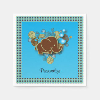 Es un elefante del bebé del muchacho el | el | servilleta de papel