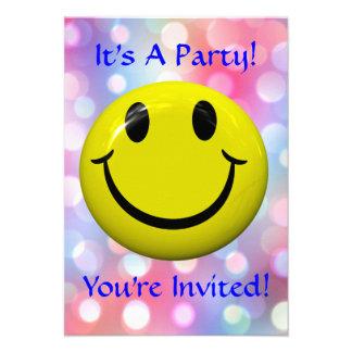 ¡Es un fiesta Diversión invitación colorida
