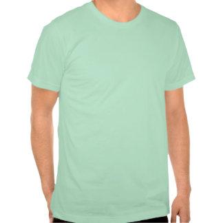 Es una camiseta gráfica retra del negro del cambia
