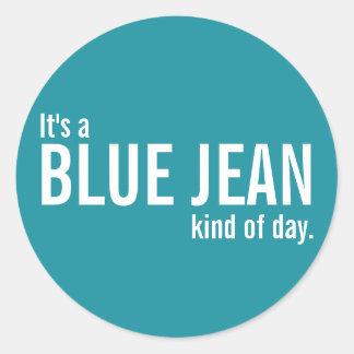 Es una clase azul de Jean de pegatinas casuales Pegatina Redonda