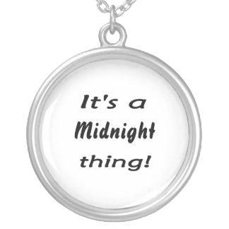 ¡Es una cosa de medianoche! Colgante Redondo