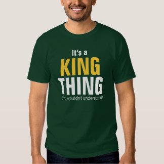 Es una cosa del rey que usted no entendería poleras