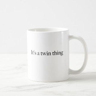 Es una cosa gemela tazas de café